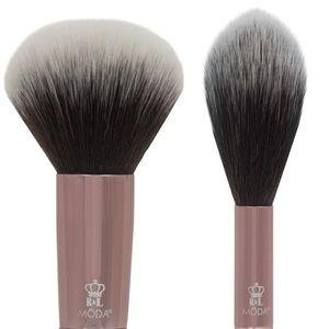 🍒MŌDA® Powder and Highlighter Brush Duo🍒